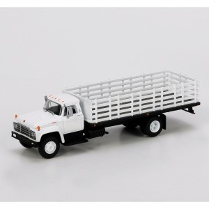 HO RTR Ford F-850 Stakebed Truck, White