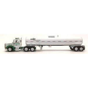 Herpa Models Peterbilt 367 Tractor with Food-Grade Tank Trailer