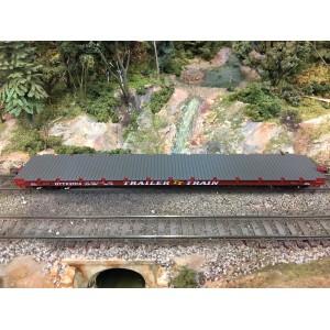 Athearn RTR 60' Flat, Trailer Train/Brown #97076