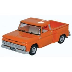 Oxford Diecast 1965 Chevrolet Stepside Pickup Truck