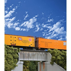 Walthers Cornerstone 30' Single-Track Railroad Deck Girder Bridge